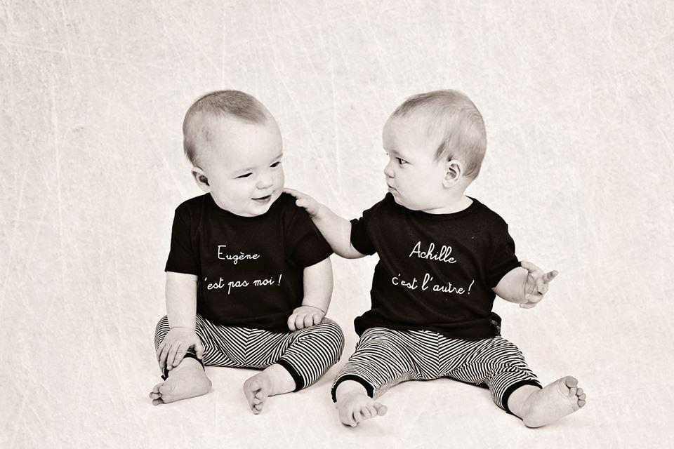 un cadeau original pour des jumeaux ou des jumelles le. Black Bedroom Furniture Sets. Home Design Ideas
